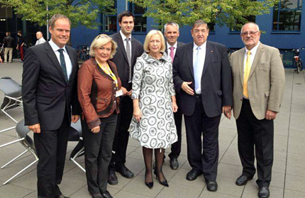 Bundesbildungsministerin Wanka informierte sich über neues Lehrmodell der SRH Hochschule Heidelberg